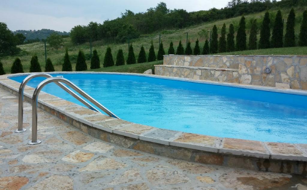Lajnerski bazeni (4)
