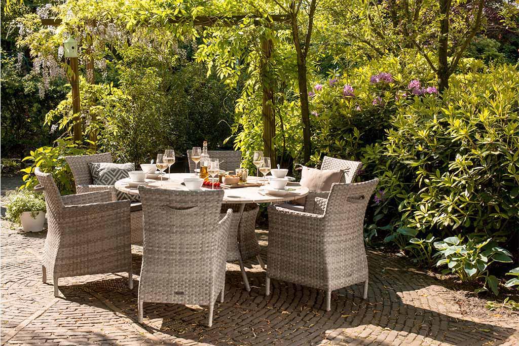 Pletene stolice Java i sto Provence 150cm