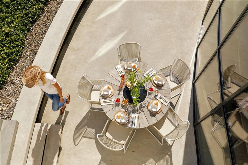 Baštenska stolica Ayanna i sto Provence (1)