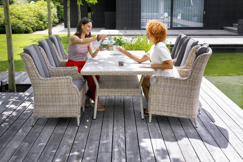 Baštenski sto i stolice Melania